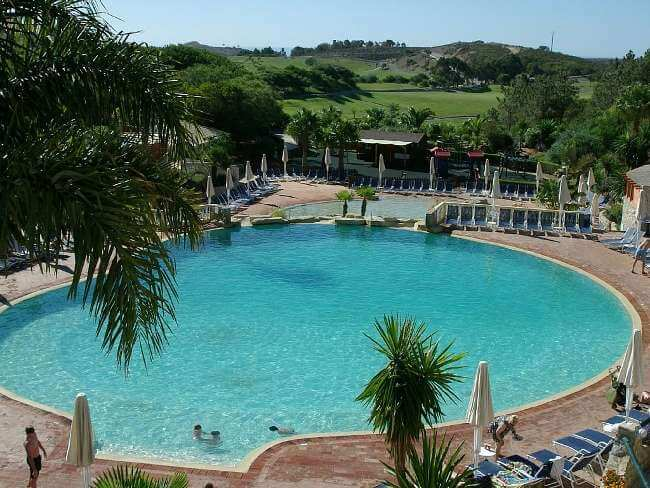 Parque da Floresta Golf and resort