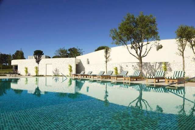 Golfing breaks hotel camiral at pga catalunya resort for Piscines naturals catalunya
