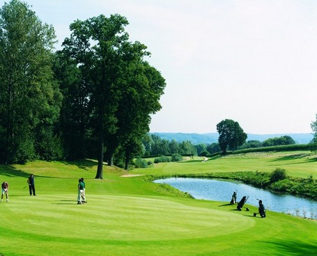 Golfing breaks Bercuit Golf Course