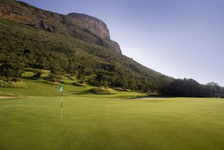 Golfing holiday The Extreme 19th   legend golf and safari resort