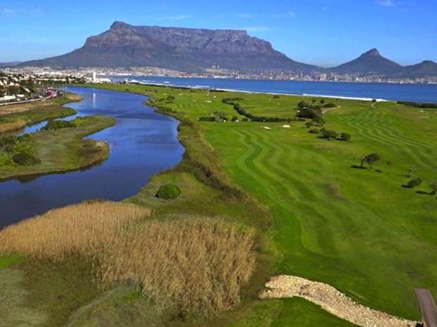 Golfing holiday Milnerton Golf Club